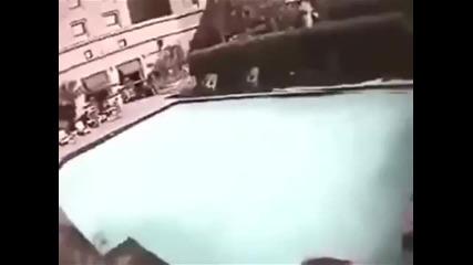 Кадри от басейн по време на разрушителното земетресение!