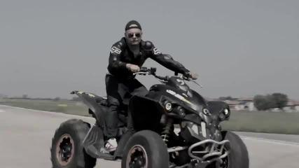 Кристо feat. Лора Караджова - Оставам Тук (official Video)