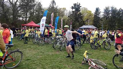 София кара колело и тича за по-чист въздух-велошествие ! С танца си взриви публиката !