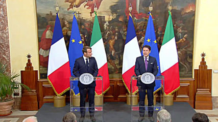 Italy: Macron and Conte stage show of unity