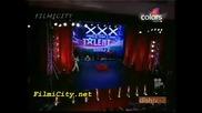 Тея са големи извратеняци - Индия Търси Талант 2010 [ Не е за хора със слаби сърца ]