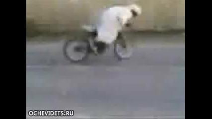 ben laden pokazva bike umenia