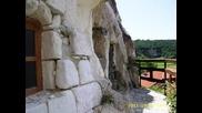 Скален манастир