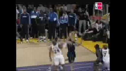 Kobe Bryant Отново Се Доказва
