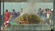 """Кремациите в Непал (""""Без багаж"""" еп.46)"""