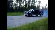 Burnout with a 2005 Ford F - 350 6.0l Powerstroke