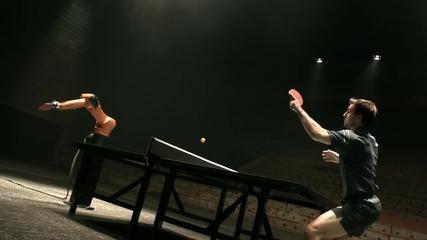 Дуел между легендата в тениса на маса Timo Boll срещу невероятно бързия Kuka робот!!!