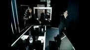 David Guetta & Davis - The World Is Mine