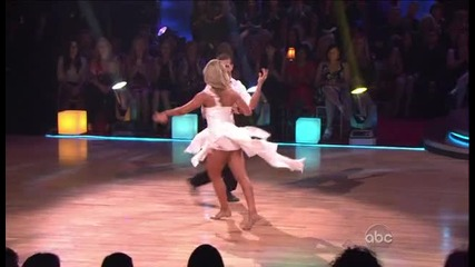 Selena Gomez Dancing with the Stars 2011 - 04 - 05