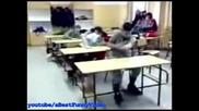 автобус в класната стая