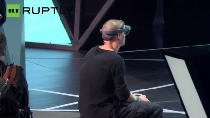 Microsoft Unveils Holographic 'Minecraft' with HoloLens Glasses