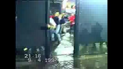 Man Utd - Feyenoord Hooligans Fight