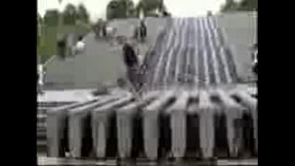 Amazing_stunts_nd_tr