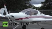 Най-старият действащ пилот в света е на 95 години