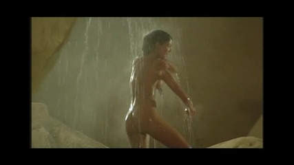008 Phoebe Cates - Paradise (waterfall)