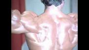 Arnold Bicepsi