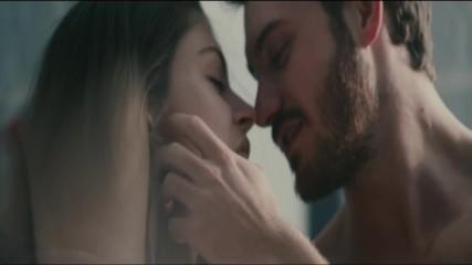 Martin Garrix feat David Guetta feat Jamie Scott and Romy Dya - So Far Away (official music video)
