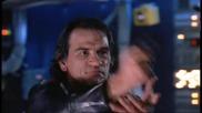 Стивън Сегал в филма Под обсада (1992) (бой с ножове)