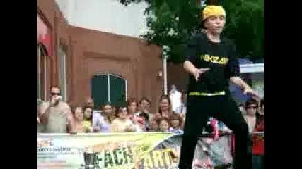 11 годишен танциoр Aiden davis