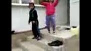 Адрияна и Ивелина - игрят кючек