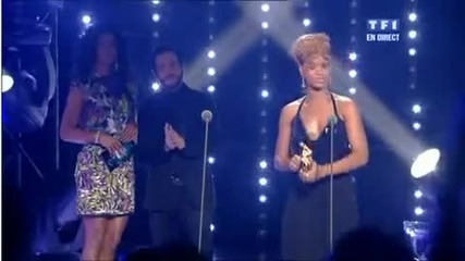 Rihanna wins Nrj 2010 International Female Artist of the Year