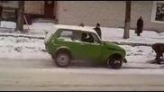 Как в Русия товарят кола на автовоз