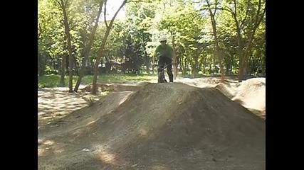 mini dirt jump