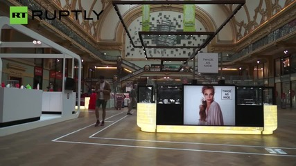 'Texting and Walking Lanes' Appear in Antwerp Mall