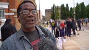 UK: Londoners take a knee in tribute to George Floyd
