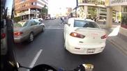 Това не е пешеходната пътека, глупако! - Вечно недоволния моторист :)