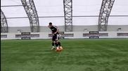 Страхотни футболни трикове и финтове