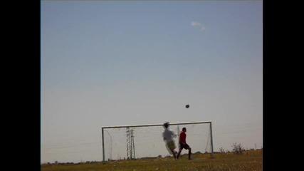 Един не тъп футболен 9