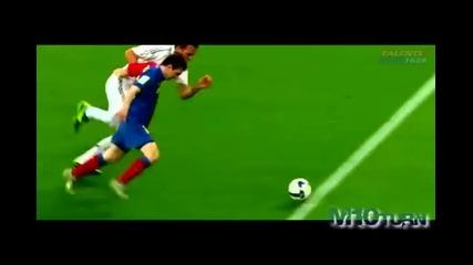 New 2009 Cristiano Ronaldo Vs Lionel Messi - Who is better