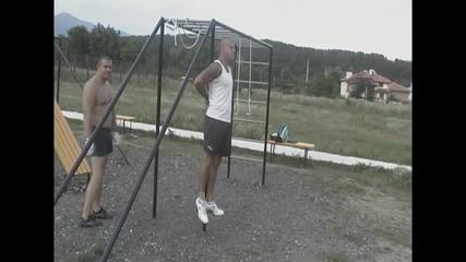 Ради Добрев Street Workout Skills 2013 [part1]