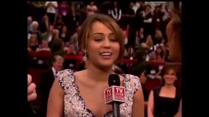 Oscars 2009 Miley Cyrus