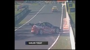V8 supercar Bathurst 2008 Weel and Pither crash
