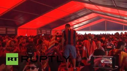 Феновете на Барселона ликуват, след като отбора им спечели Копа дел Рей