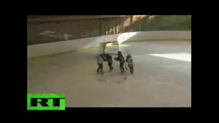 малки хокеисти се трепат като дебили смях