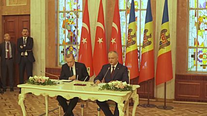Moldova: Moldovan Pres. Dodon flatters Erdogan for Turkey's intl. relations