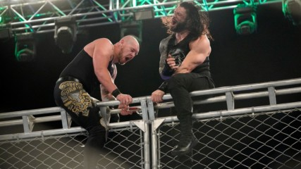 Reigns, Corbin battle atop cage: WWE Super ShowDown 2020 (WWE Network Exclusive)