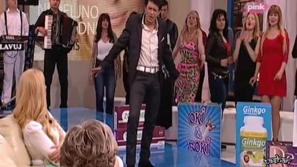 Sinan Sakic 2014 - Puka sreca / Lea Kis Tvpink / - Prevod