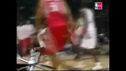 Emeka Okafor Block On Tracy Mcgrady