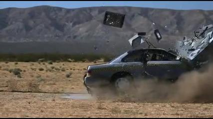 Кола пада на забавен каданс
