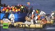 Италия: 40 души се задушиха до смърт в претъпкана лодка с емигранти