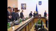 Правителството на Украйна подаде оставка