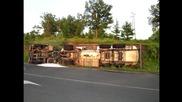 Изправяне на обърната цистерна с 10т пропан бутан до Кирково 19.05.2015