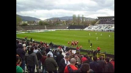 славия 0 - 1 Ц С К А (19.04.2012) - Гол за Армейците + Червени сме, горди сме !