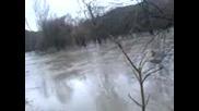 Река Искър Отново Преля 1 Част (18.11.2007)