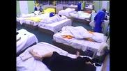 Къци гаделичка Багата в леглото - Vip Brother - 22.10.2012