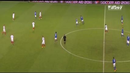 Ronaldinho, Davis, Berbatov vs England Xi 05.06.2016 - England Xi vs Rest of the World